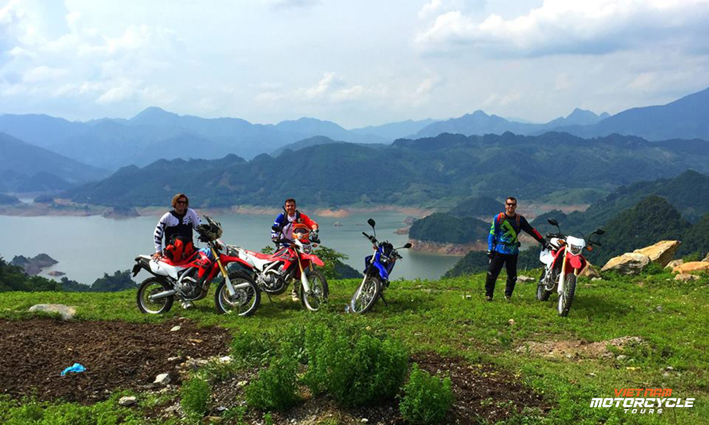 Highlights of 11 day Hanoi motorcycle tour to Hoi An via northern Vietnam: