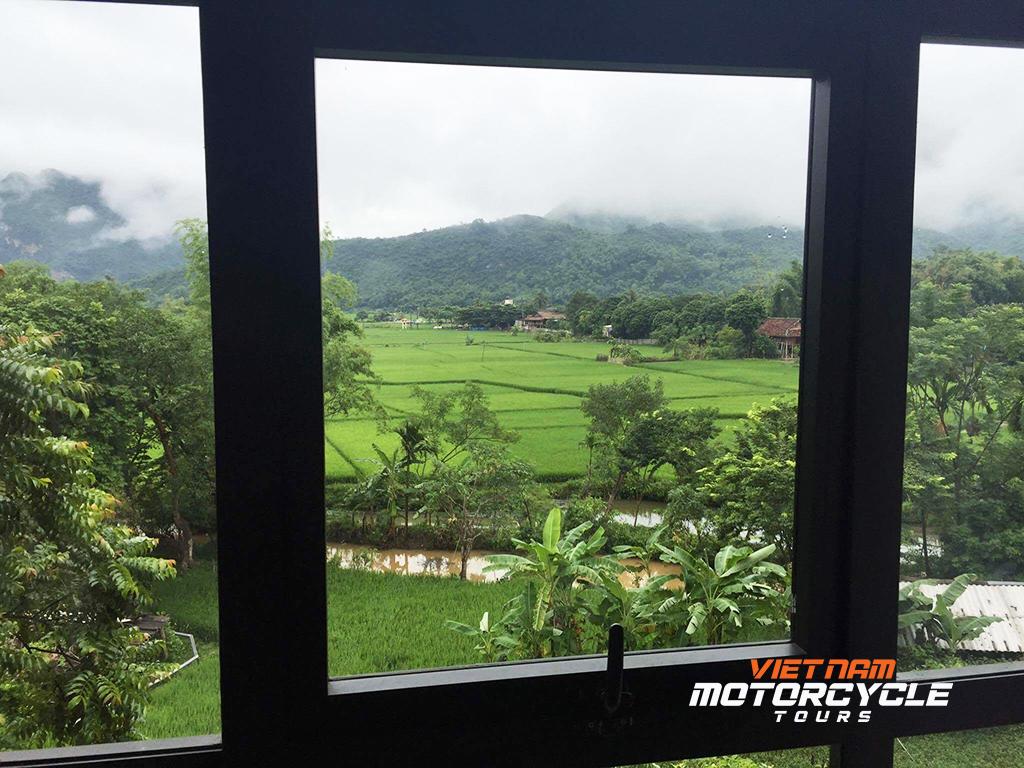 DAY 14: MAI CHAU MOTORBIKE TOUR TO HANOI