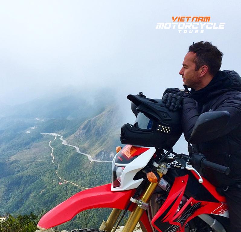 DAY 2 : THAC BA MOTORCYCLE TOUR TO SAPA (LAO CAI)