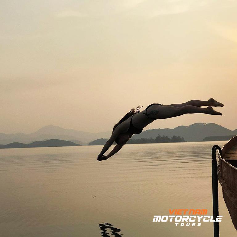 DAY 3: PHU YEN - THAC BA LAKE