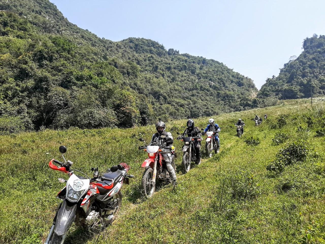 Hanoi To Saigon Motorbike Tour: 15 Days of Surprise and Adventurous
