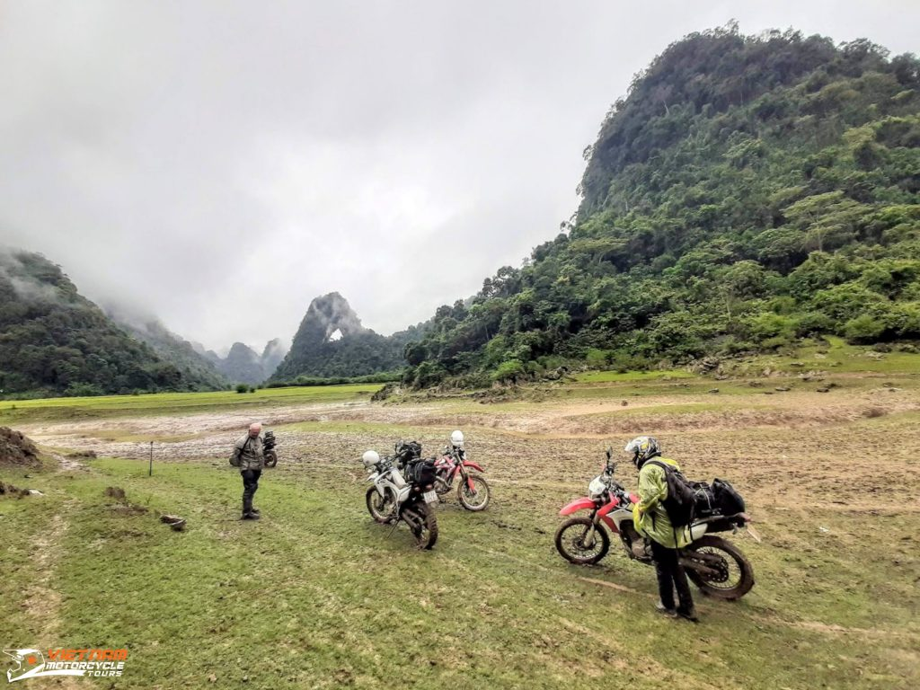 Vietnam Motorbike Riding License: A quick guideline for the foreigner