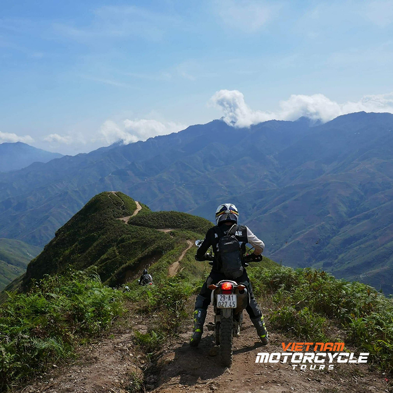 Sapa motorcycle tours - Beautiful places to explore Sapa by motorcycle