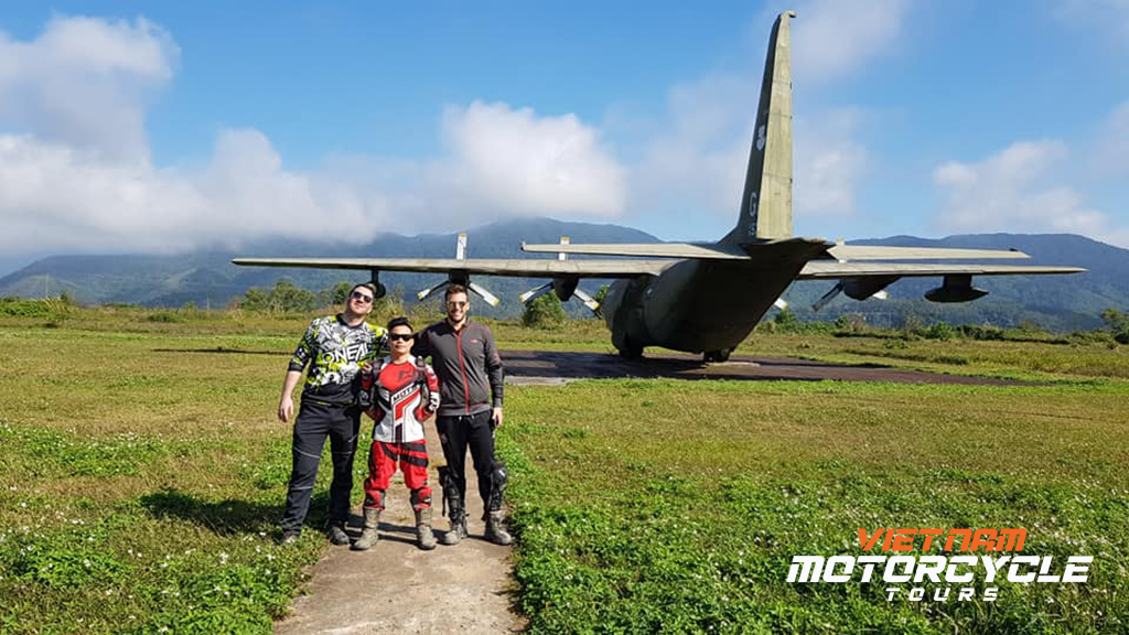 Relive the heroic historical moments - Ho Chi Minh trail by motorbike