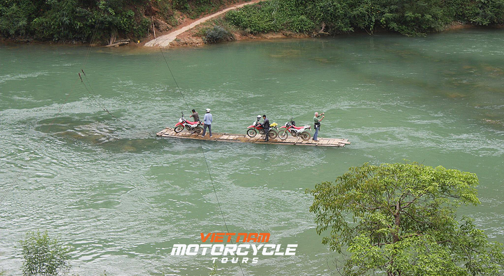 Some things to keep in mind when taking Ha Giang motorcycle tours