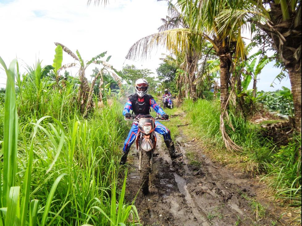 dirt bike tours Vietnam