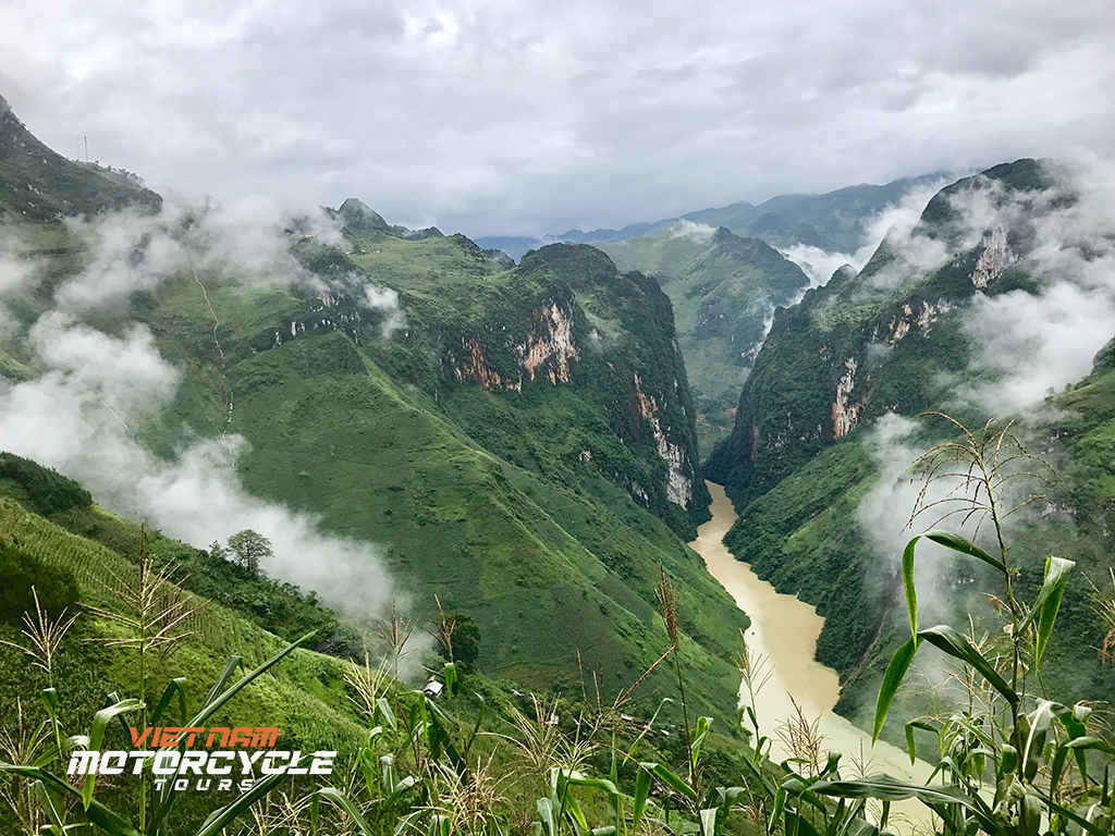 Ha Giang Motorcycle Tours - Enjoy Ha Giang in your own unique way