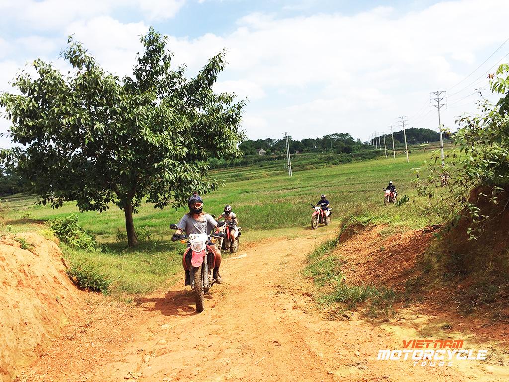 1 Day Hanoi Motorbike Tour