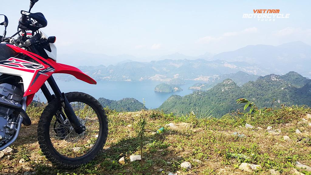 Features - Short Motorbike Tour to Mai Chau 2 Days