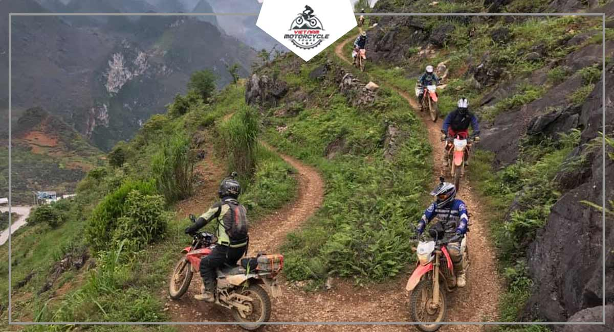 Discover Ha Giang by motorcycle