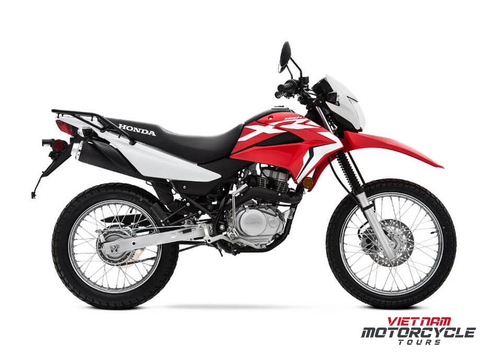 Honda XR150L - Model 2022: Beginner - Friendly