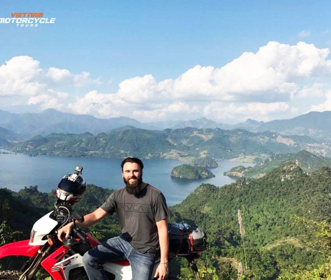 Motorbike Mai Chau Valley